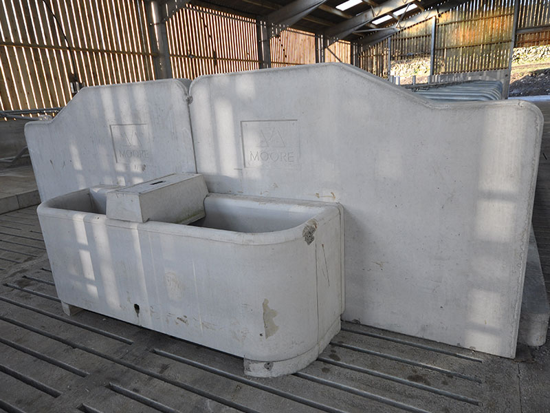 100g Precast Concrete Water Trough