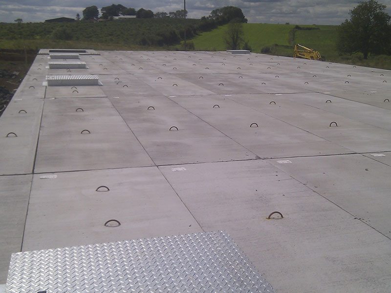 Solid Prestressed Passage Covers with Mixing Points with Risers
