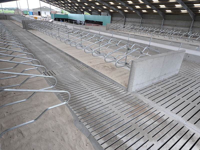 Suspended Floor in New Dairy Unit