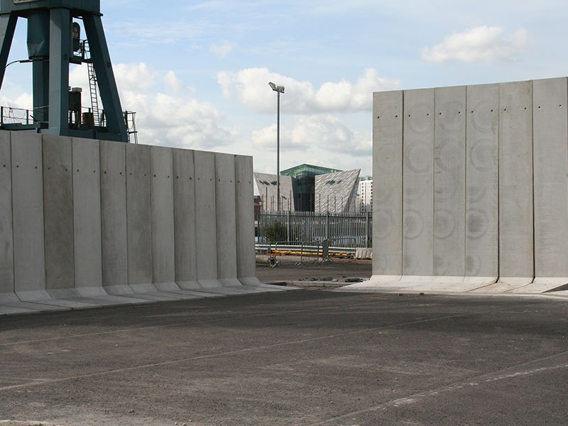 5m and 6m high Free Standing Retainer Walls used to form storage bays
