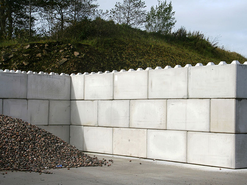 Quikbloc retaining walls used to form storage bays